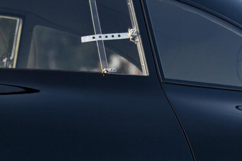 Porsche Typ 64, Fenster