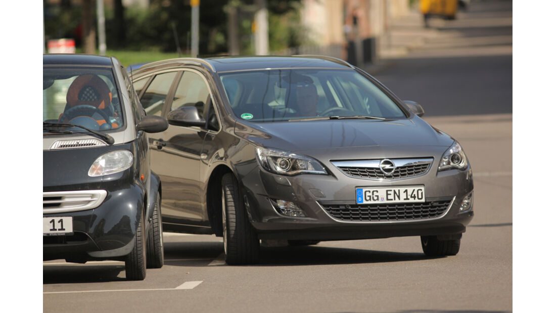 Praxistest, Opel Astra Sportstourer 1.4 Turbo, Ausparken
