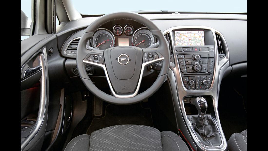 Praxistest, Opel Astra Sportstourer 1.4 Turbo, Cockpit