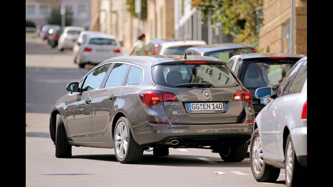 Praxistest, Opel Astra Sportstourer 1.4 Turbo, Einparken