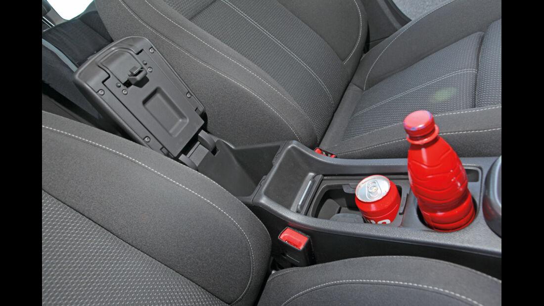 Praxistest, Opel Astra Sportstourer 1.4 Turbo, Flaschenhalter