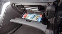Praxistest, Opel Astra Sportstourer 1.4 Turbo, Handschuhfach