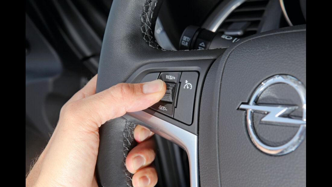 Praxistest, Opel Astra Sportstourer 1.4 Turbo, Lenkradschalter