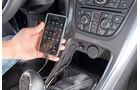 Praxistest, Opel Astra Sportstourer 1.4 Turbo, iPod, Mittelkonsole