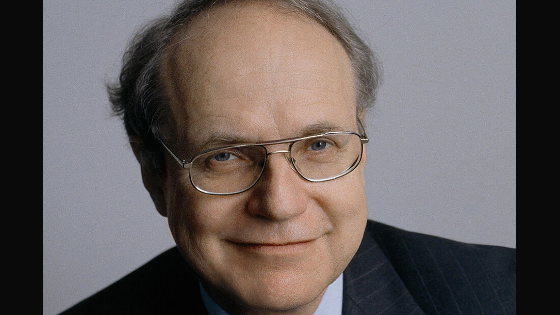 Prof. Dr.-Ing. Dr.-Ing. E. h. Burkhard Göschel
