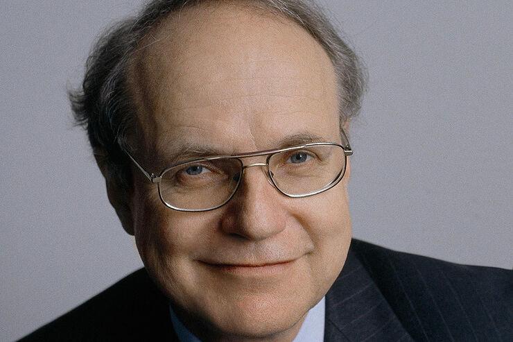 Dr. Burkhard Göschel - AUTO MOTOR UND SPORT