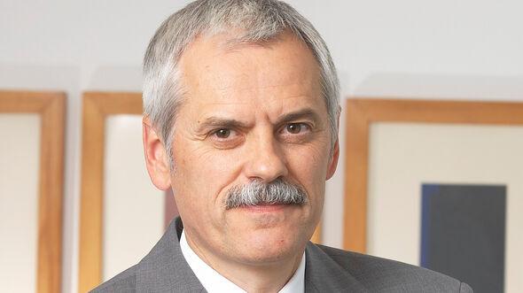 Professor Doktor Wili Diez, AMS1416, Institut für Automobilwirtschaft