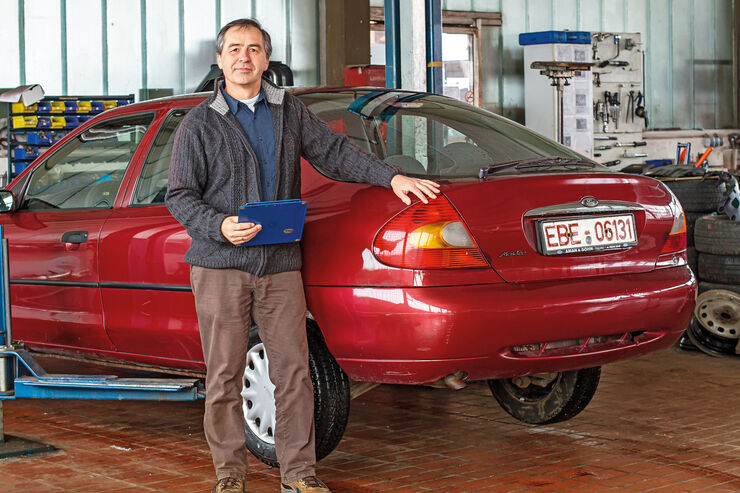 Profi-Check, Ford Mondeo, Heckansicht