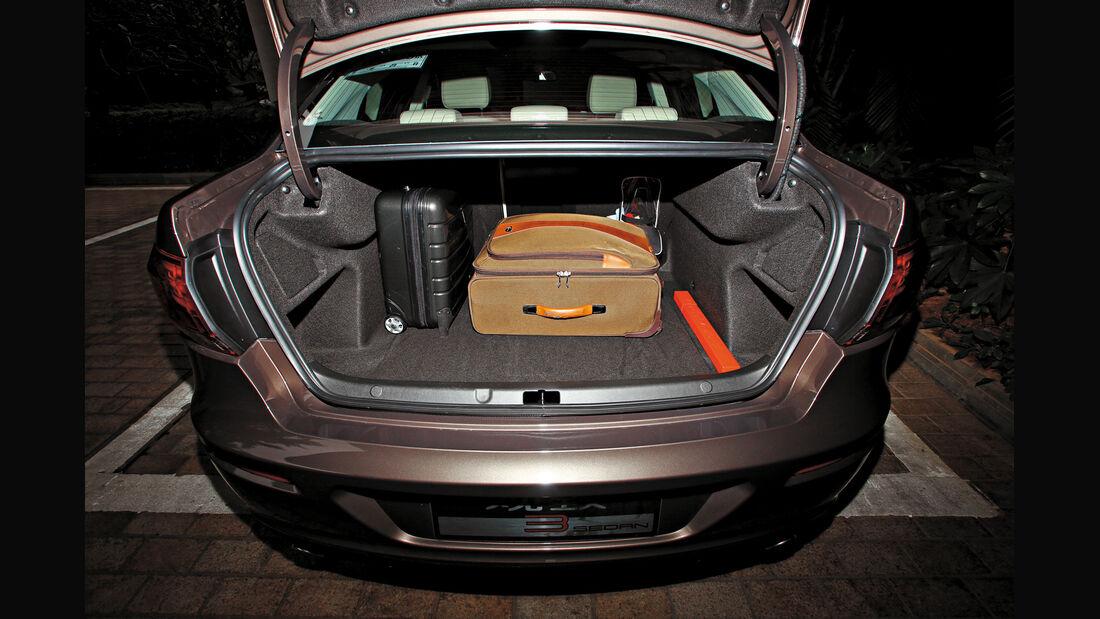 Qoros 3 Sedan 1.6T, Kofferraum