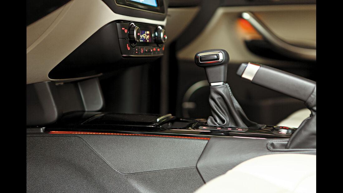 Qoros 3 Sedan 1.6T, Schalthebel