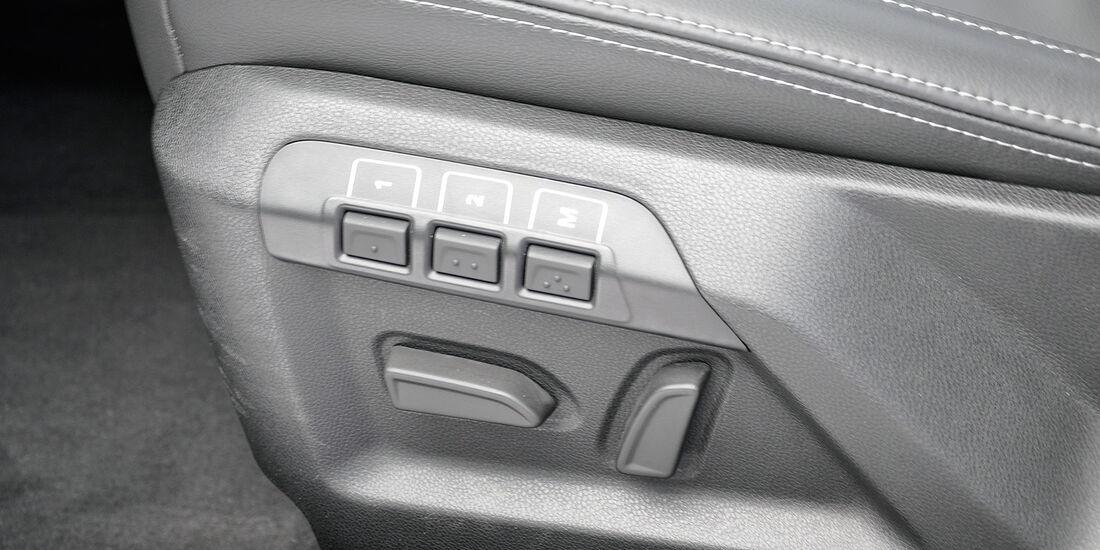 Qoros 3 Sedan, Sitzverstellung