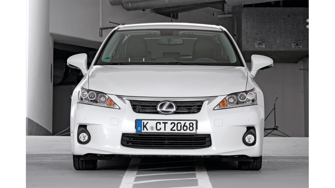 Qualität, Lexus CT, Frontansicht