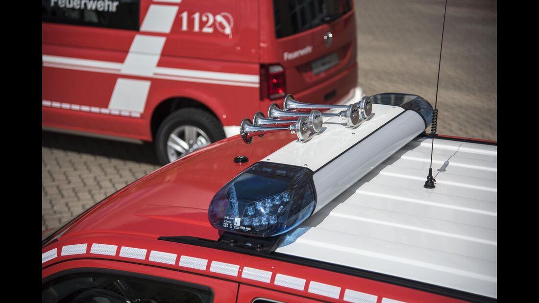 RETTMobil 2016, Einsatzfahrzeuge, Notarzt, Rettungsdienst, VW Touran, Feuerwehr