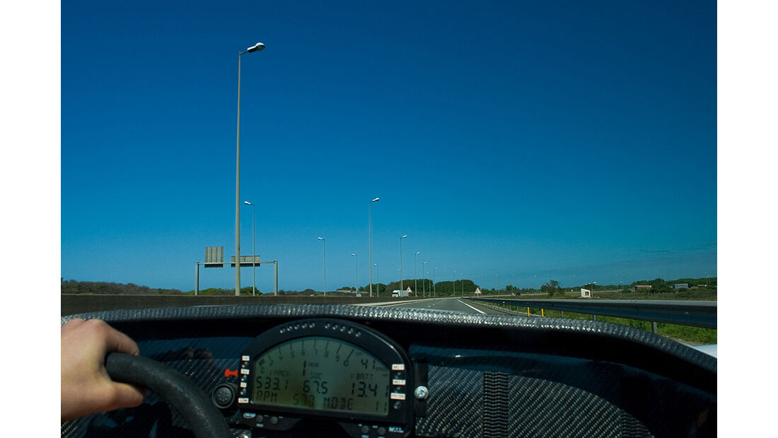 Racing Green Endurance, Radical SRZero, Elektroauto, London nach Paris, Onboard