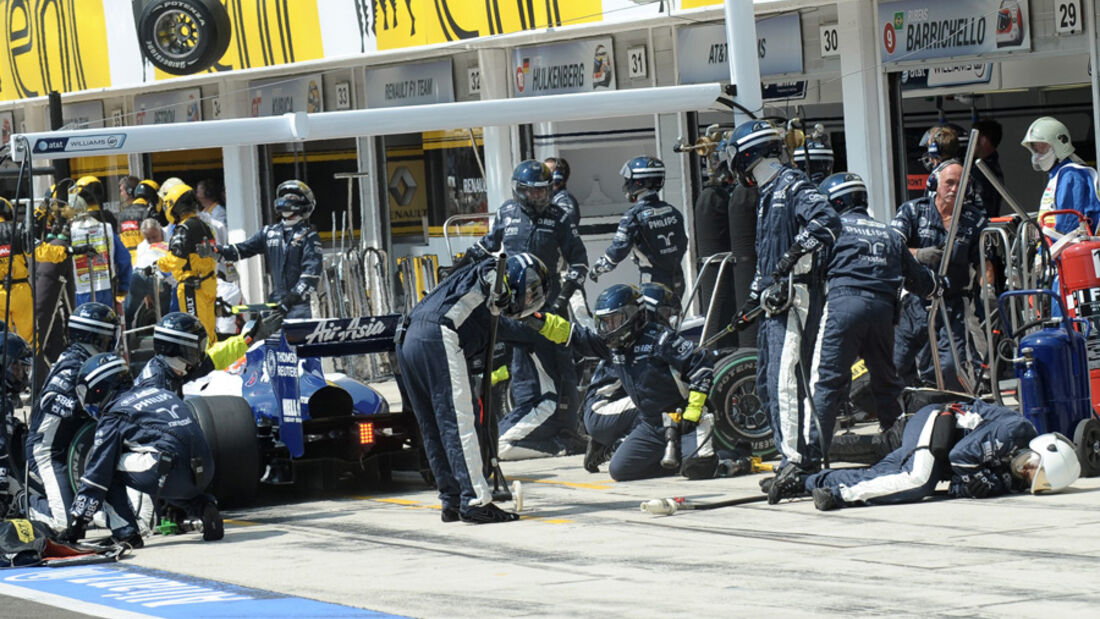 Rad verletzt Williams-Mechaniker
