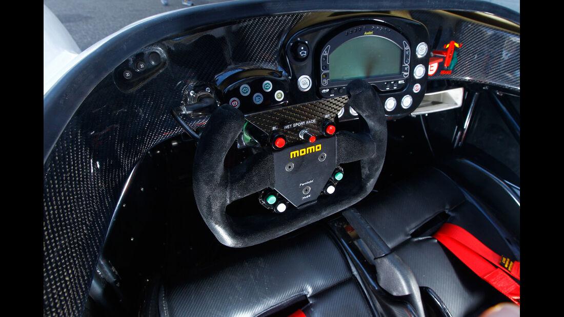 Radical SR3 SL, Cockpit