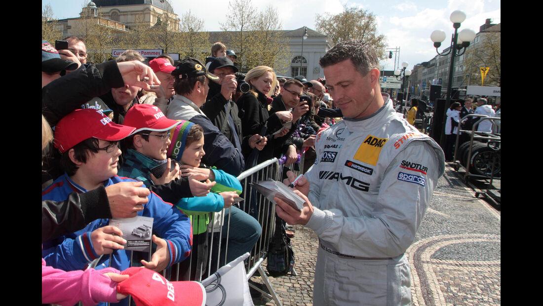 Ralf Schumacher DTM Präsentation Wiesbaden 2012