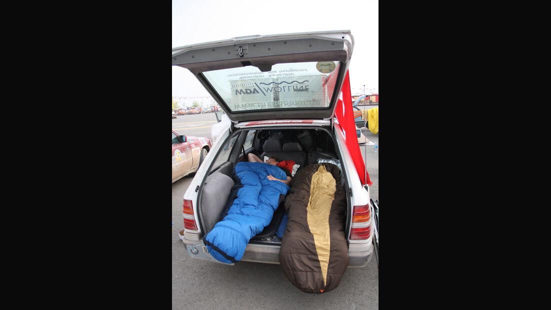 Rallye Allgäu-Orient, Schlafsack