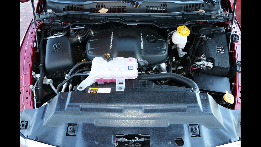 Ram 1500 3.0 CRD EcoDiesel Laramie Crew-Cab Pickup