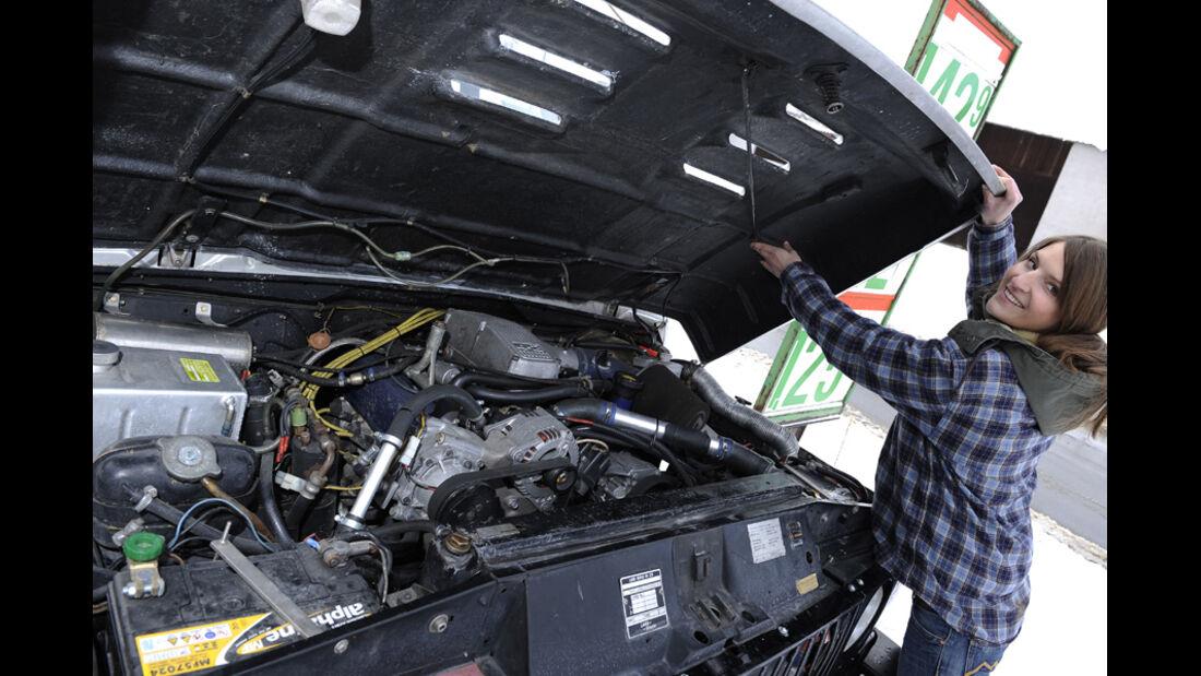 Range Rover 4.2, Schnee, Melanie, Motorraum