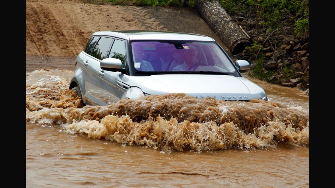 Range Rover Evoque, Frontansicht, Gelände, Flußdurchfahrt