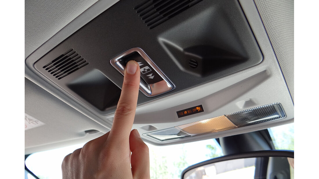Range Rover Evoque, Innenraum-Check, Panorama-Schiebedach