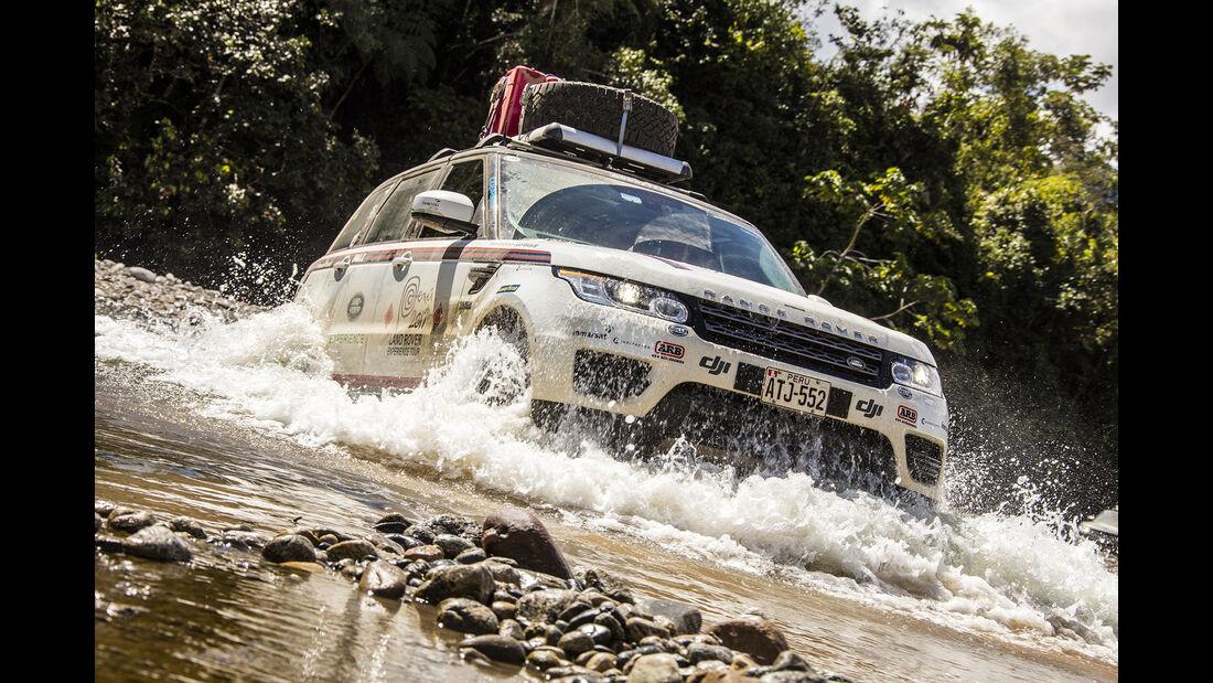 Range Rover Wasserdurchfahrt