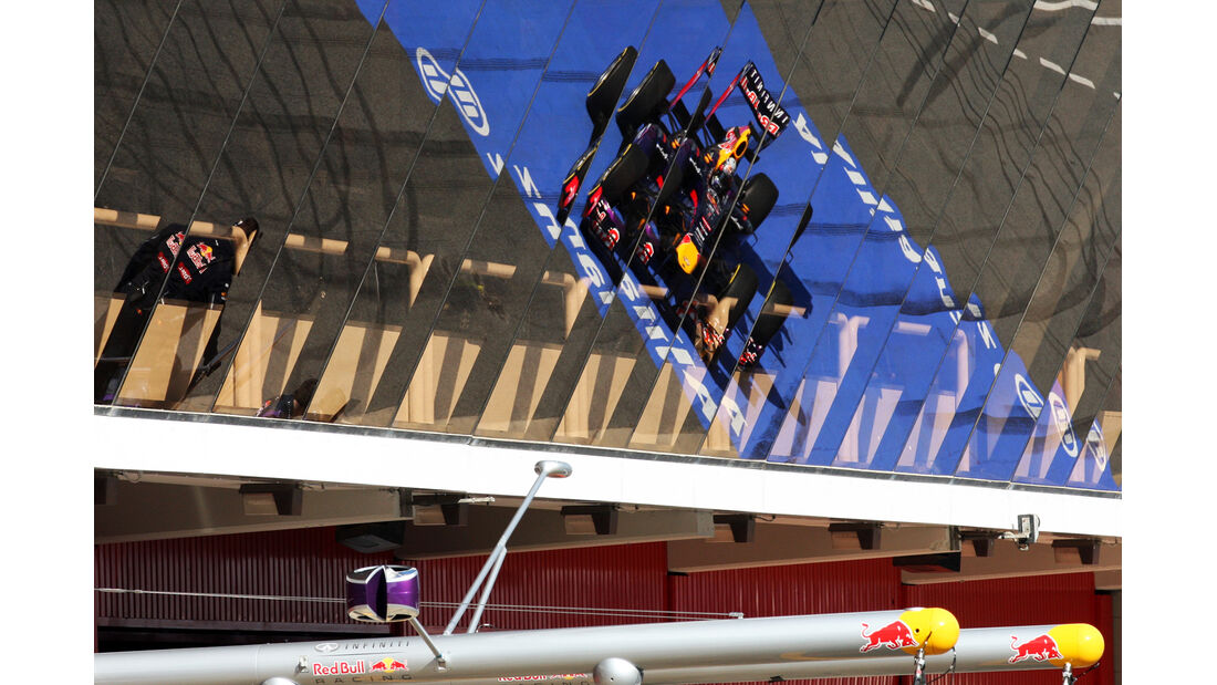 Red Bull - Barcelona F1 Test 2013