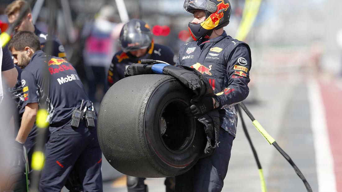 Red Bull - Boxenstopp - GP Australien 2017