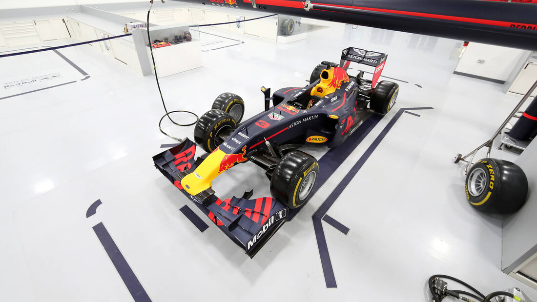 Red Bull - Fabrik - Milton Keynes