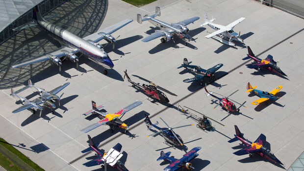 Red Bull Flying Bulls - Gruppenbild