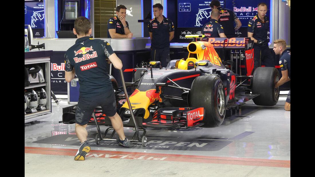 Red Bull - Formel 1 - GP Abu Dhabi - 24. November 2016