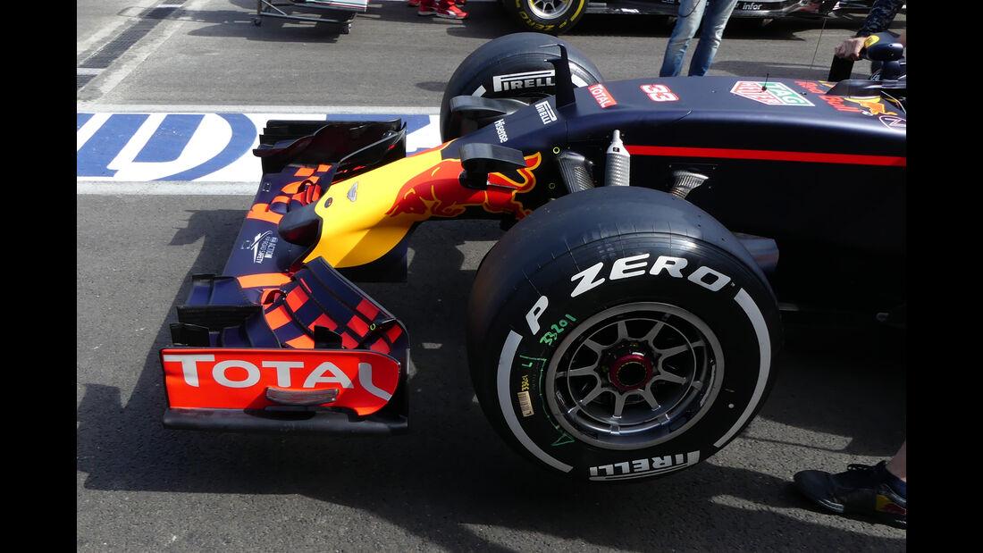 Red Bull - Formel 1 - GP Aserbaidschan - Baku - 16. Juni 2016