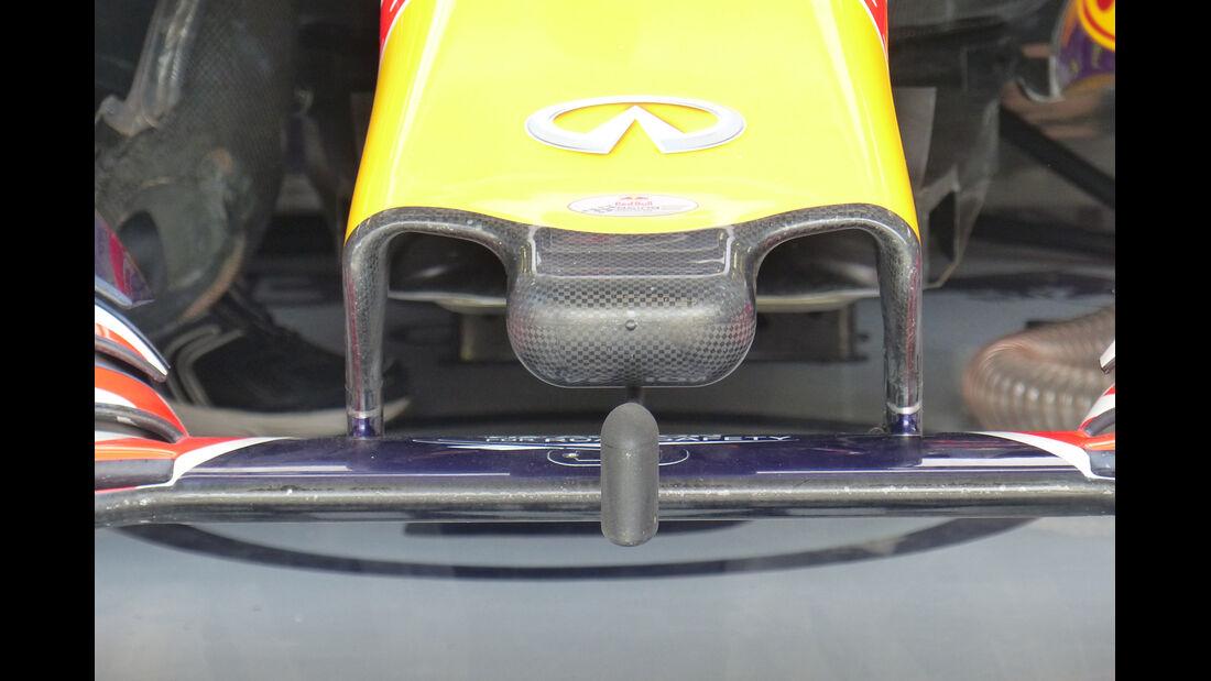 Red Bull - Formel 1 - GP Bahrain - 17. April 2015