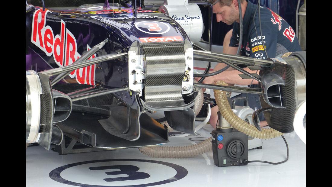 Red Bull - Formel 1 - GP Bahrain - 18. April 2015