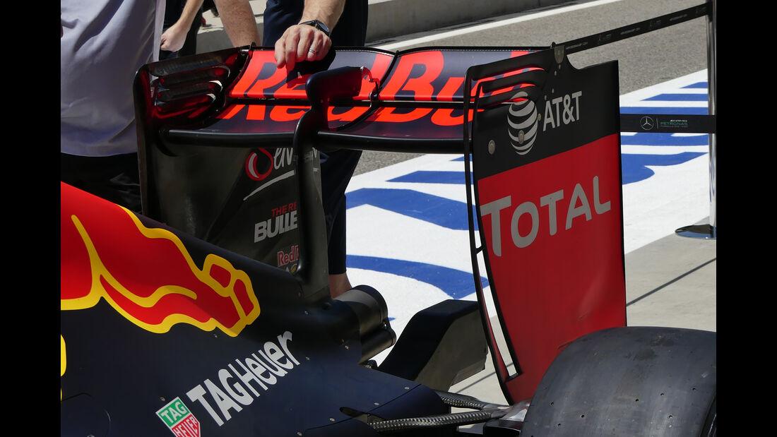 Red Bull - Formel 1 - GP Bahrain - 2. April 2016