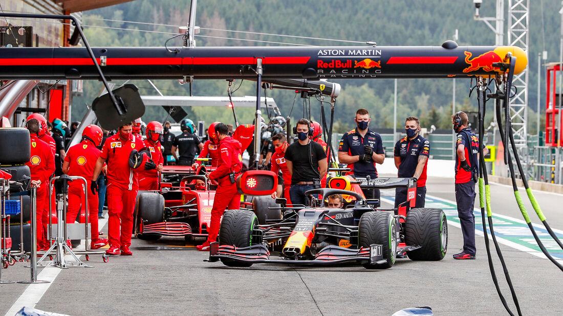 [Imagen: Red-Bull-Formel-1-GP-Belgien-Spa-Francor...718433.jpg]