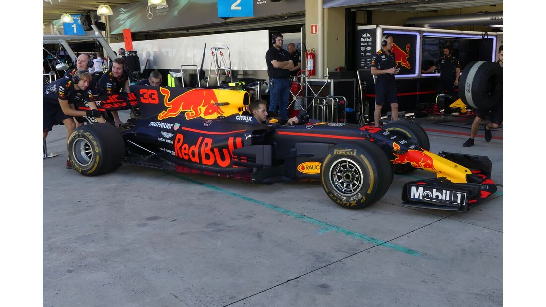 Red Bull - Formel 1 - GP Brasilien - 10. November 2017