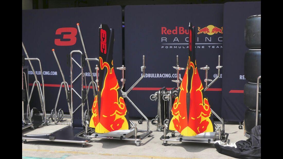 Red Bull - Formel 1 - GP Brasilien - 8. November 2017