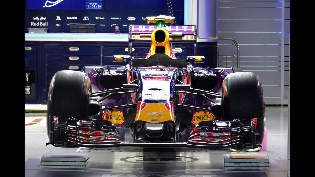 Red Bull - Formel 1 - GP Japan - Suzuka - 24. September 2015