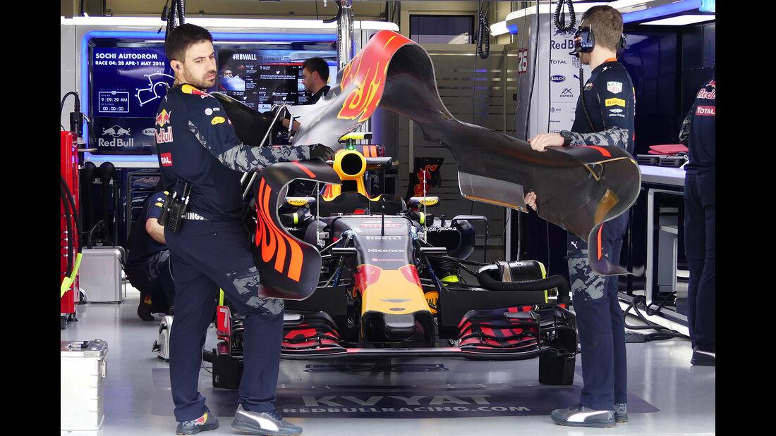 Red Bull - Formel 1 - GP Russland - 29. April 2016