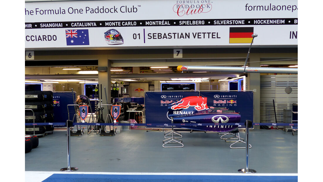 Red Bull - Formel 1 - GP Singapur - 17. September 2014