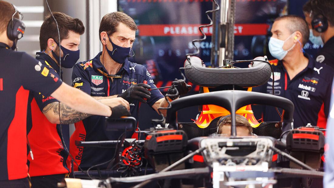 [Imagen: Red-Bull-Formel-1-GP-Spanien-Barcelona-D...714524.jpg]