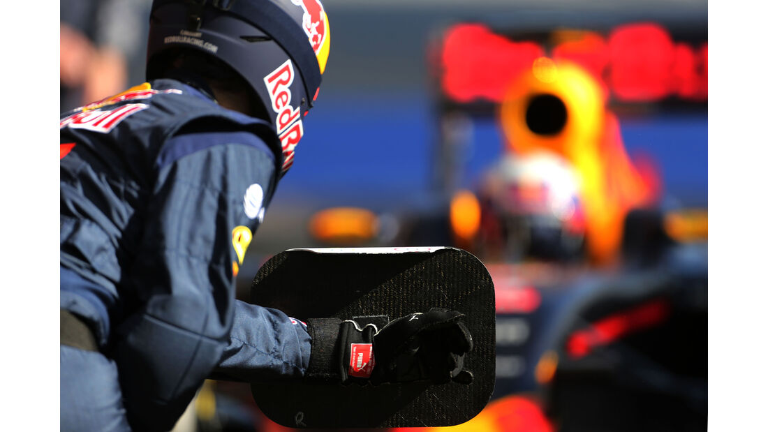 Red Bull - Formel 1 - Test - Barcelona - 2. März 2016