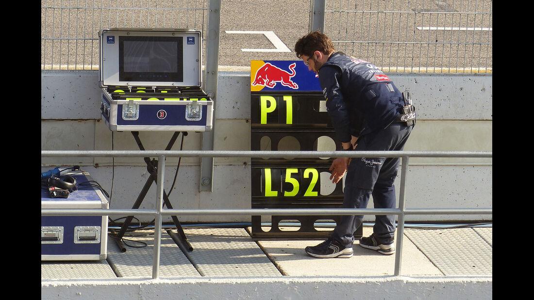 Red Bull - Formel 1-Test - Barcelona - 20. Februar 2015