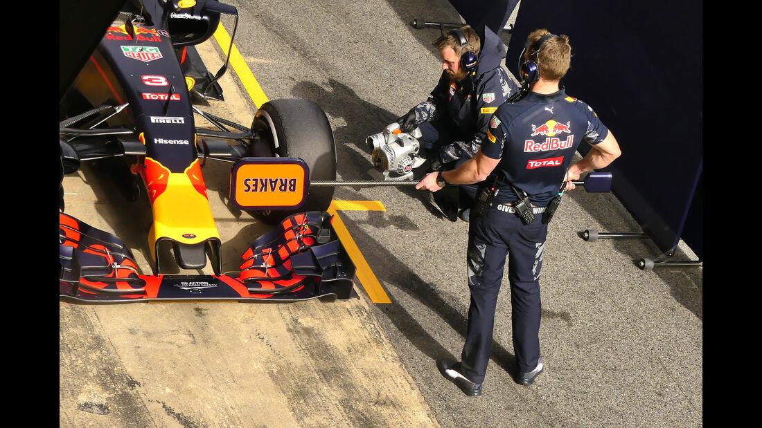 Red Bull - Formel 1-Test - Barcelona - 22. Februar 2016