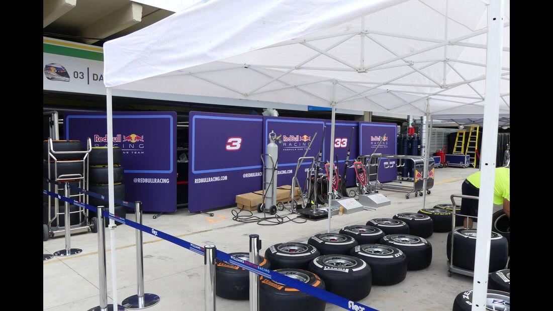 Red Bull - GP Brasilien 2016 - Sao Paulo - Interlagos - Mittwoch - 9.11.2016