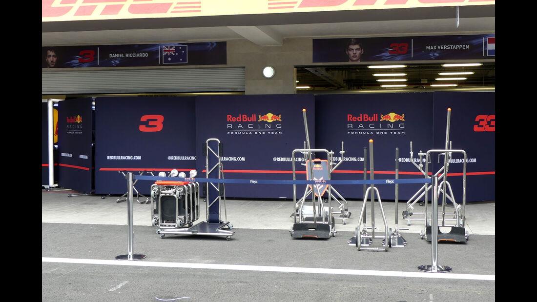 Red Bull - GP Mexiko - Formel 1 - Mittwoch - 25.10.2017
