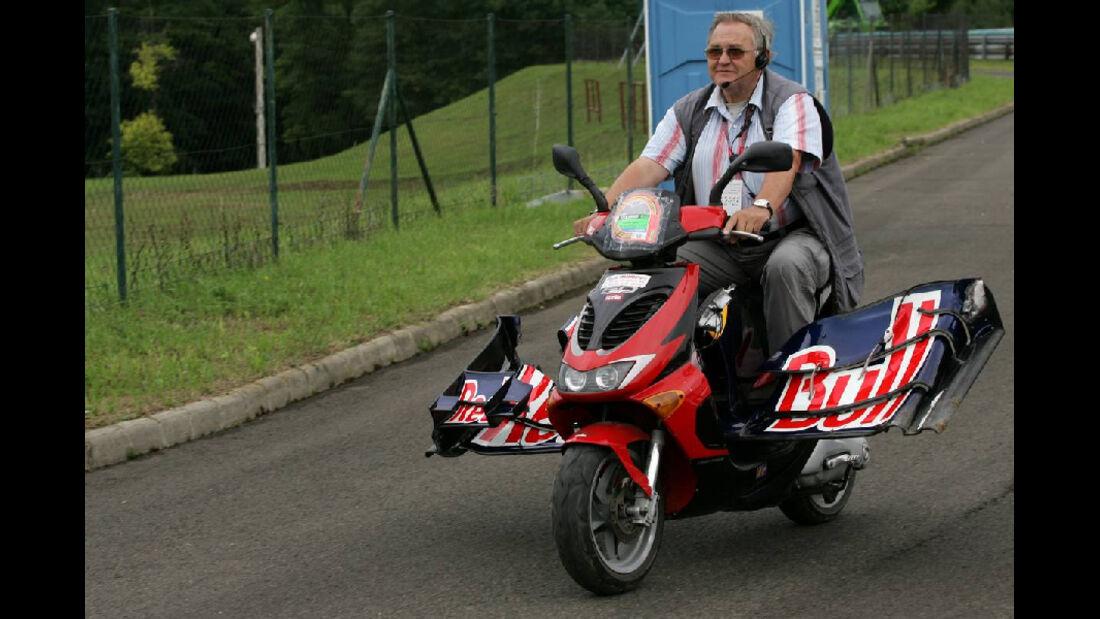 Red Bull - GP Ungarn - Formel 1 - 29.7.2011