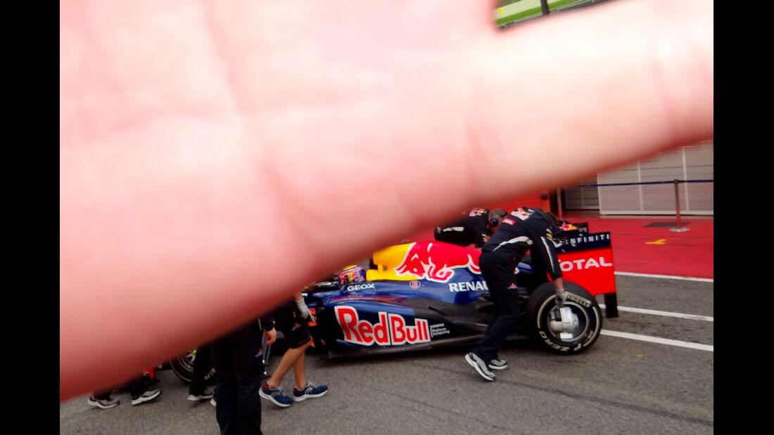 Red Bull Hand Abwehr Mugello 2012